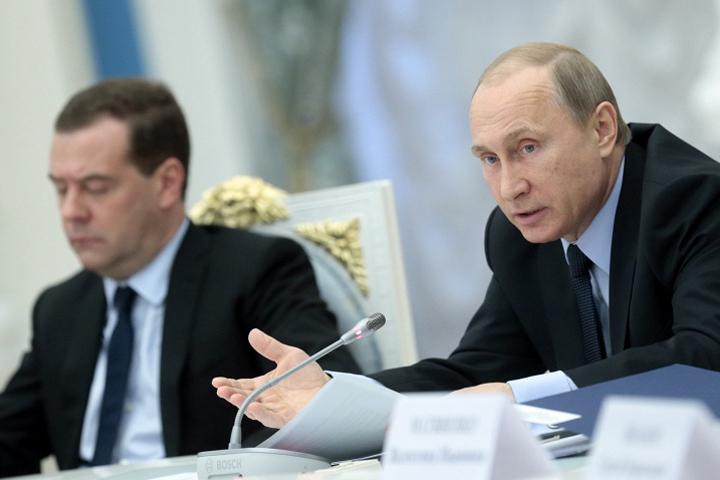 Путин дал поручение обеспечить села с населением от 100 человек бесплатным Интернетом